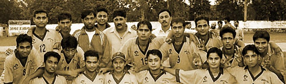 Akranta Team after winning Dehradun Super League 2004